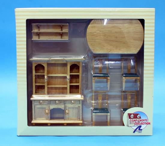 Al10886 - Sala da pranzo con dispensa classica