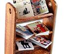 Tc1656 - Shelf with magazines