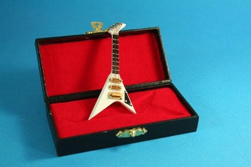 Tc1469 - Guitarra blanca