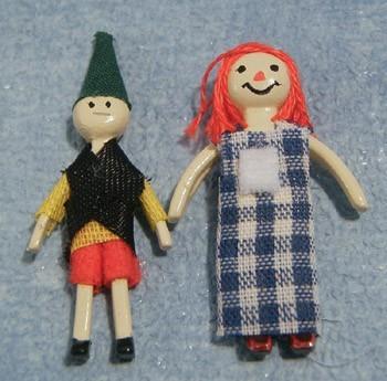 Tc1745 - Dos muñecos