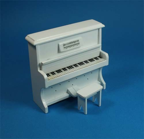 Mb0545 - Piano with Stool