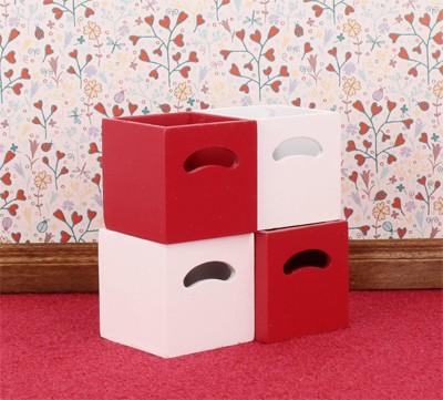 Mb0611 - Cuatro cajas