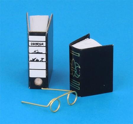Tc1854 - Set of Books and Glasses