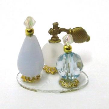 Tc0279 - Bandeja con perfumes