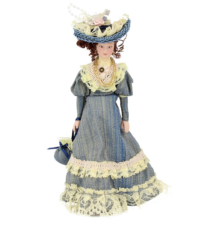 Hb0002 - Signora con il vestito