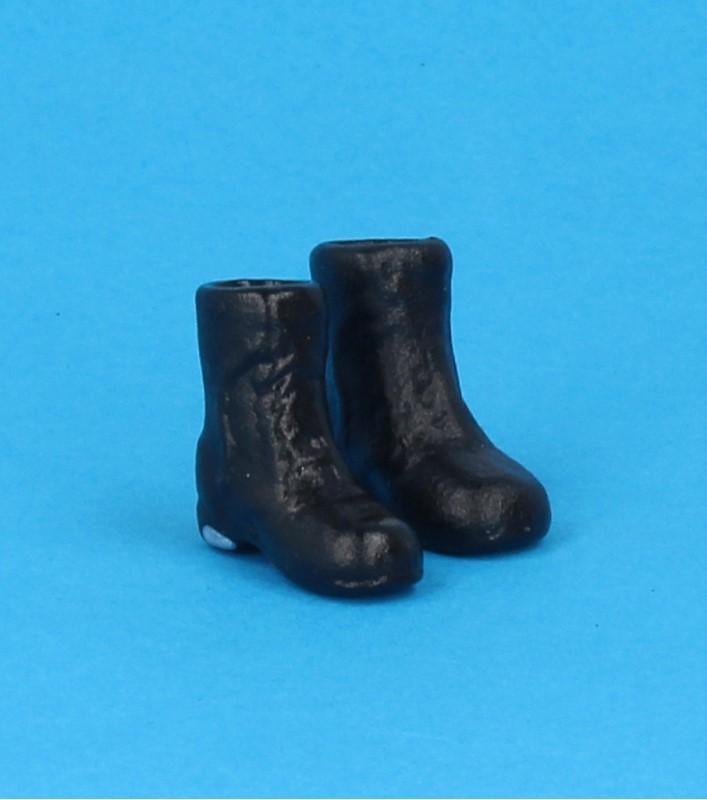 Tc0685 - Bottes noires