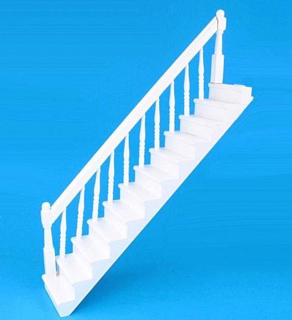 Cp0022 - Escalera blanca