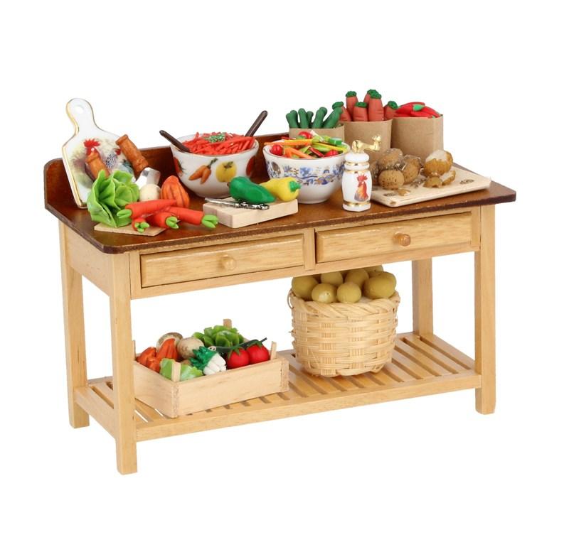 Re17250 - Mesa preparando verduras