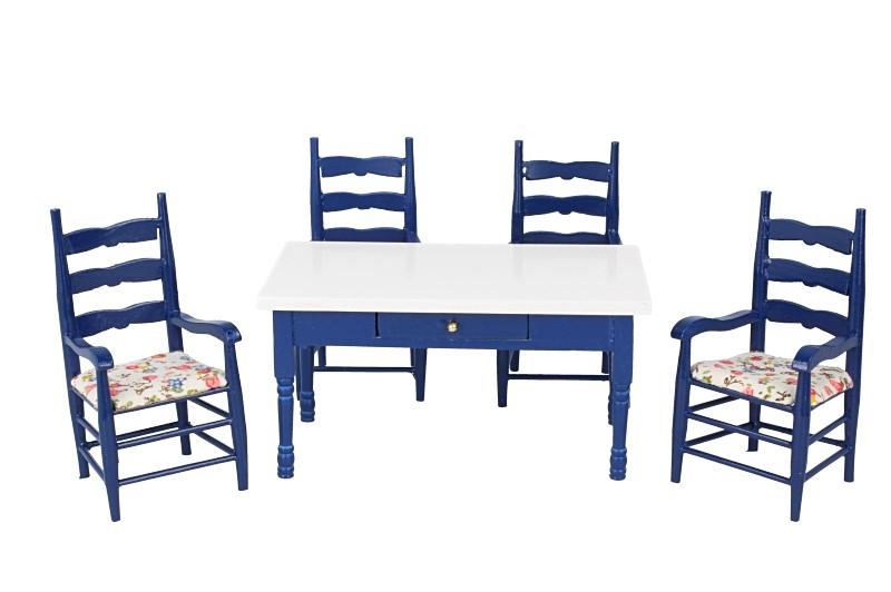 Cj0061 - Tavolo e quattro sedie