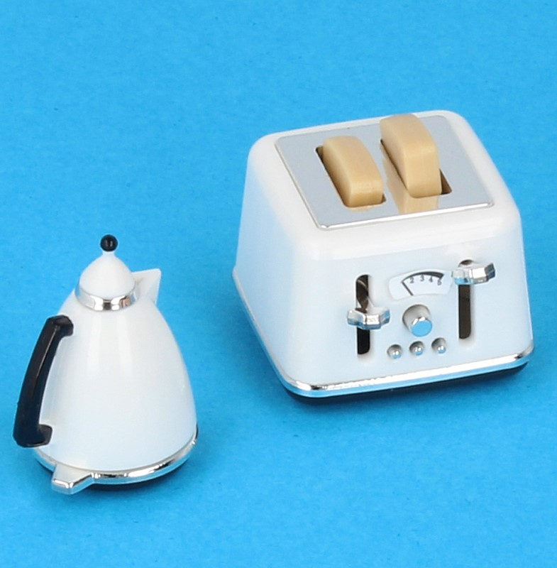 Tc2247 - Toaster and kettle