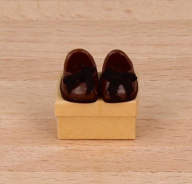 Tc1824 - Braune Schuhe