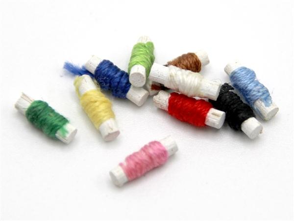 Tc0225 - Spools of thread