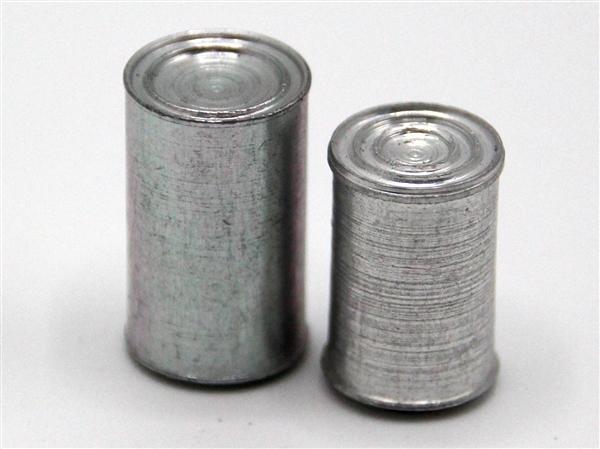 Tc0609 - Deux boîtes mètalique