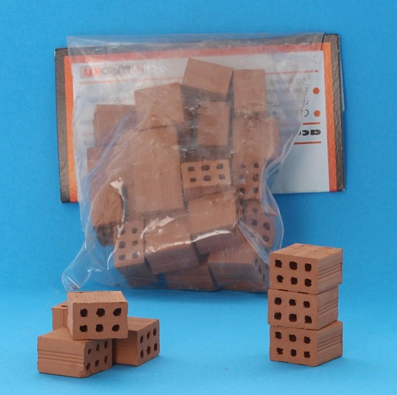 Cm0005 - Half brick 1/10th scale