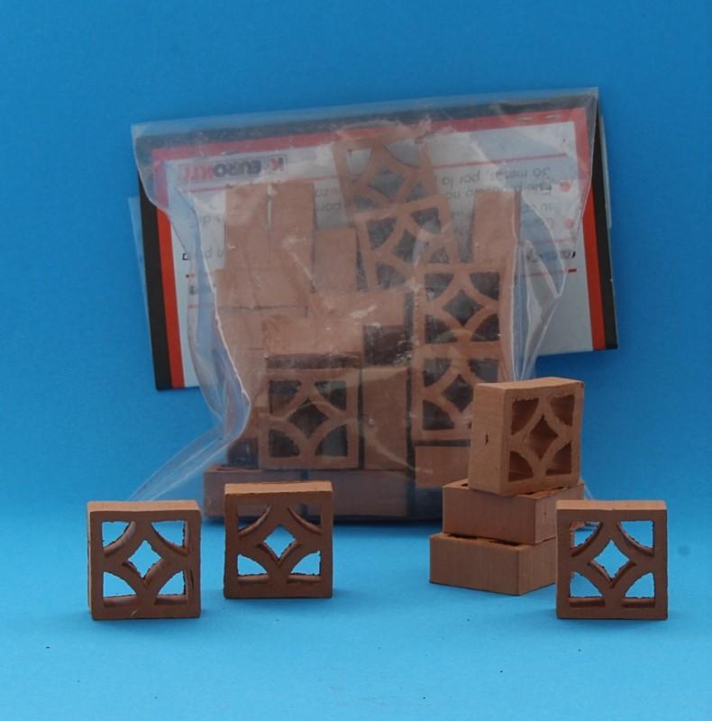 Cm0003 - 1/10th scale ceramic lattice