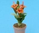 Sm4782 - Flower pot with orange flowers