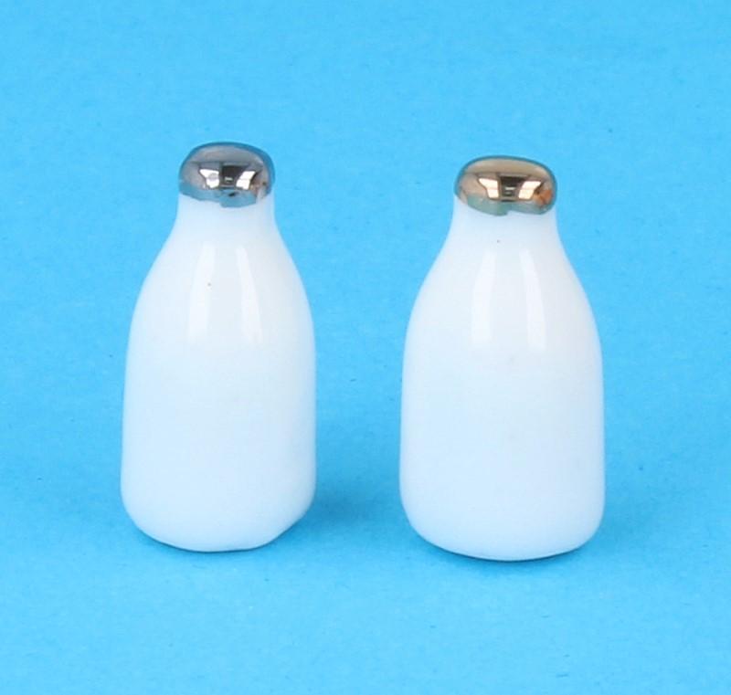Tc2245 - Dos botellas de leche