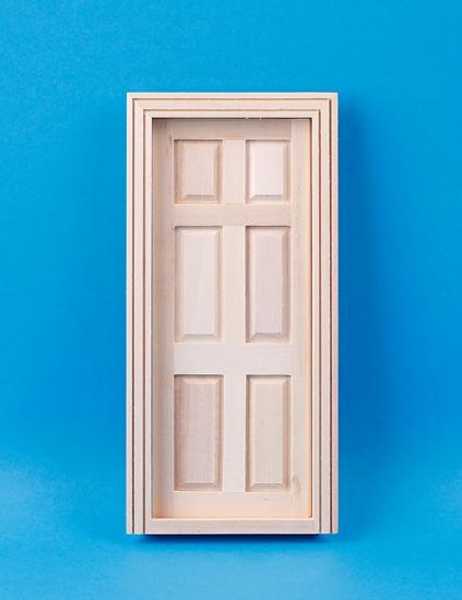 Em6007 - Door