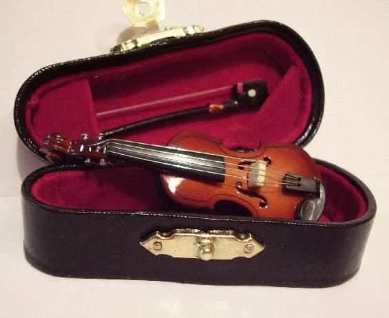 Tc2466 - Violín