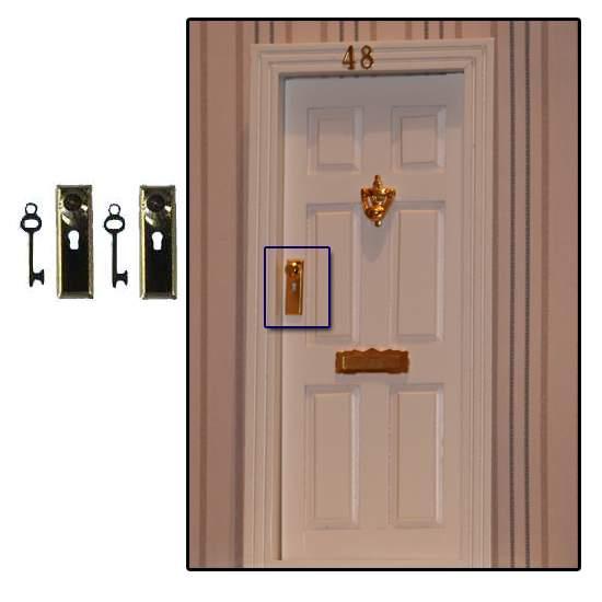 Tc0628 - Dos cerraduras doradas