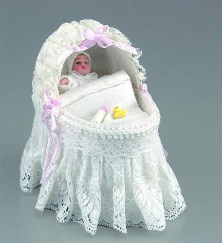 Re17765 - Berceau avec bébé