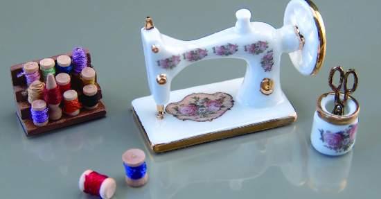 Re13256 - Maquina de coser y accesorios