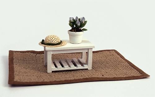 Al11225 - Mesita con alfombra