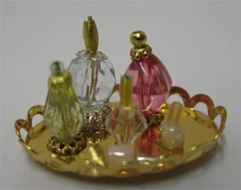 Tc0280 - Bandeja con perfumes