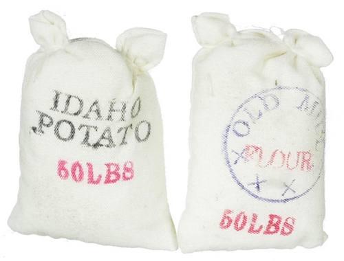 Tc0623 - Due sacchi