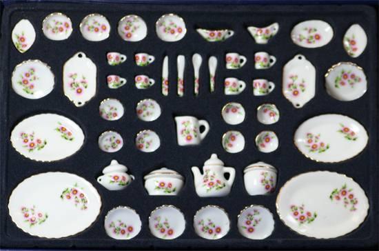 Vg29825 - Vajilla 50 piezas rosas