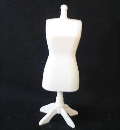 Mb0137 - Maniquí blanco