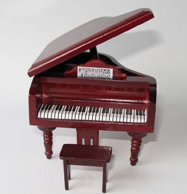 Mb0184 - Piano with Stool