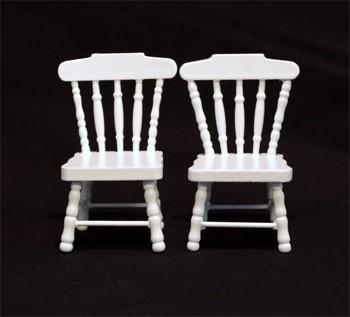 Mb0374 - Zwei weiße Stühle