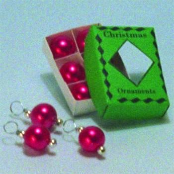 Nv0052 - Schachteln mit roten Weihnachtskugeln