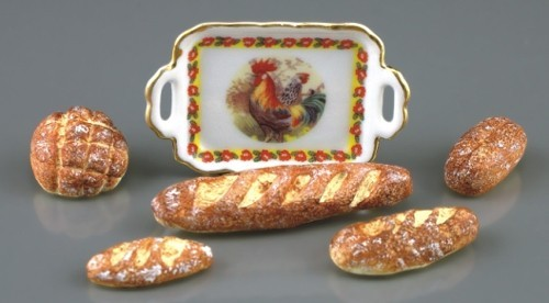 Re17878 - Tray with bread
