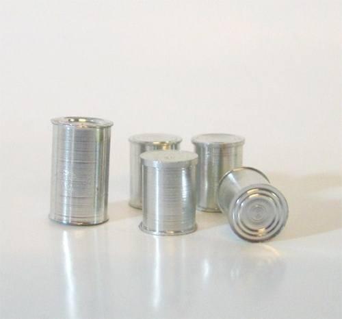 Tc0834 - Cinco latas de conserva