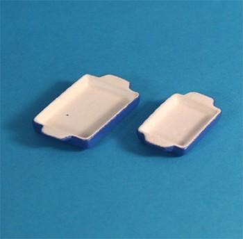 Tc1306 - Two light blue pans