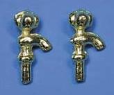 Tc1435 - Zwei Wasserhähne