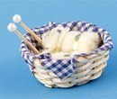 Tc1477 - Basket with wool balls