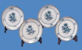Tc5043 - Cuatro platos con soportes