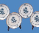 Tc5043 - Four plates with stands